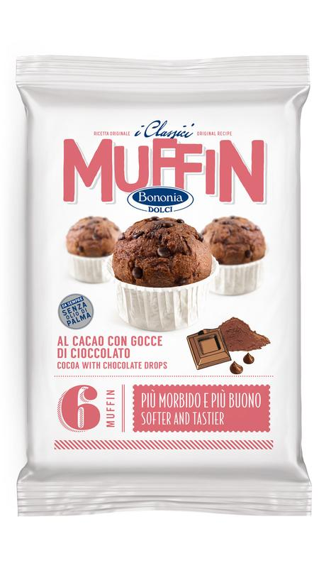 Cocoa muffin with chocolate drops